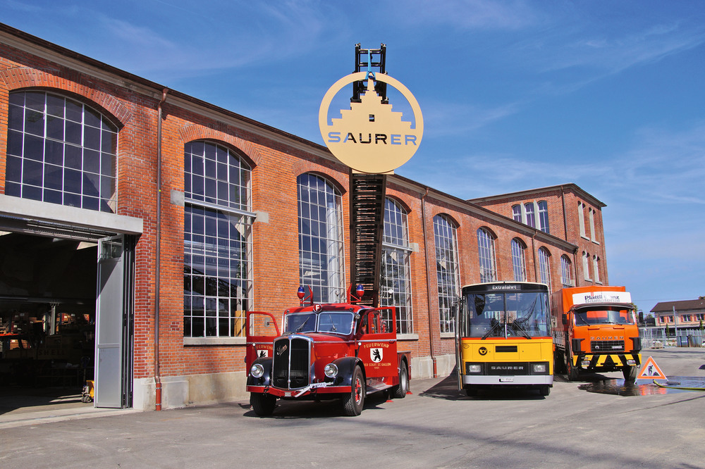 Saurer museum depot er ffnung und caminh o rollout tir for Depot st gallen
